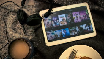 My Favourite Netflix Shows To Binge Watch | Life of Dahlia