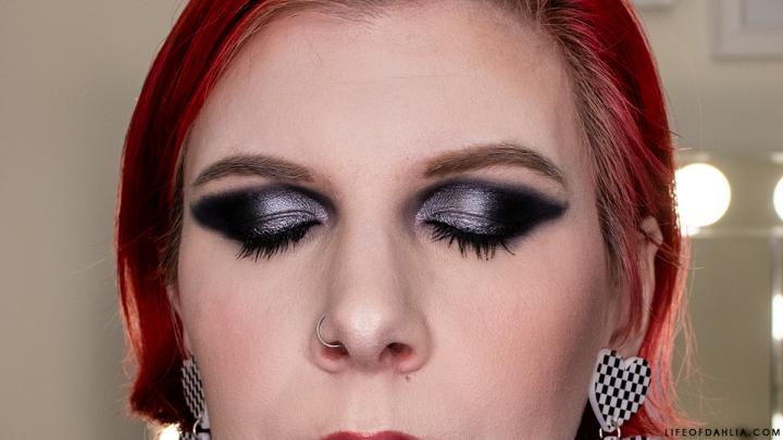 IGTV | Grungy Makeup Look Featuring Aussie Makeup Brands | VideoContent