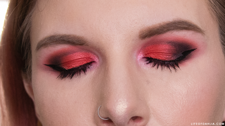 IGTV | Grungy Red & Black Eye Look | VideoContent